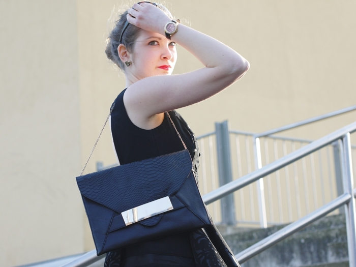 Juliastreetstyleblog_das_kleine_Schwarze_blackdress (5)