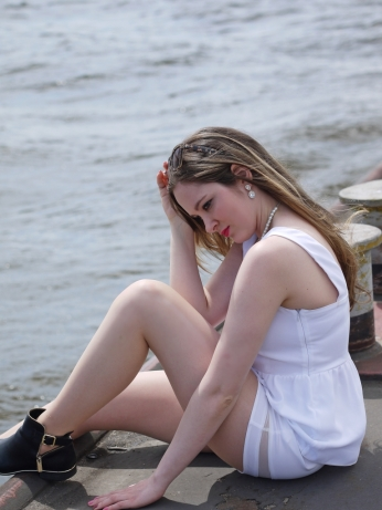 Juliastreetstyleblog_white_shorts_top_zara_5