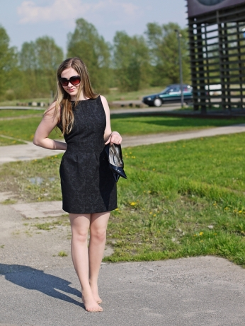 Juliastreetstyleblog_coast_black_dress_1