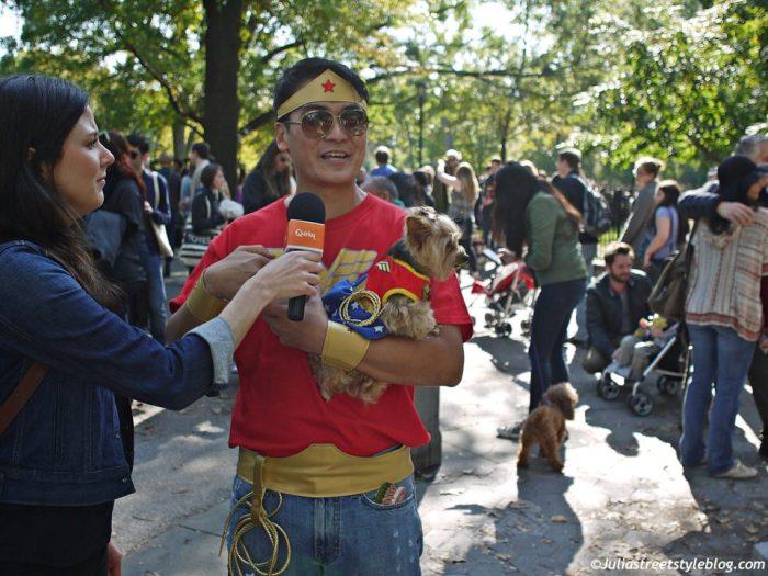 julia_luedtke_c_juliastreetstyleblog_dogs_hunde_parade_halloween_new_york_1-8
