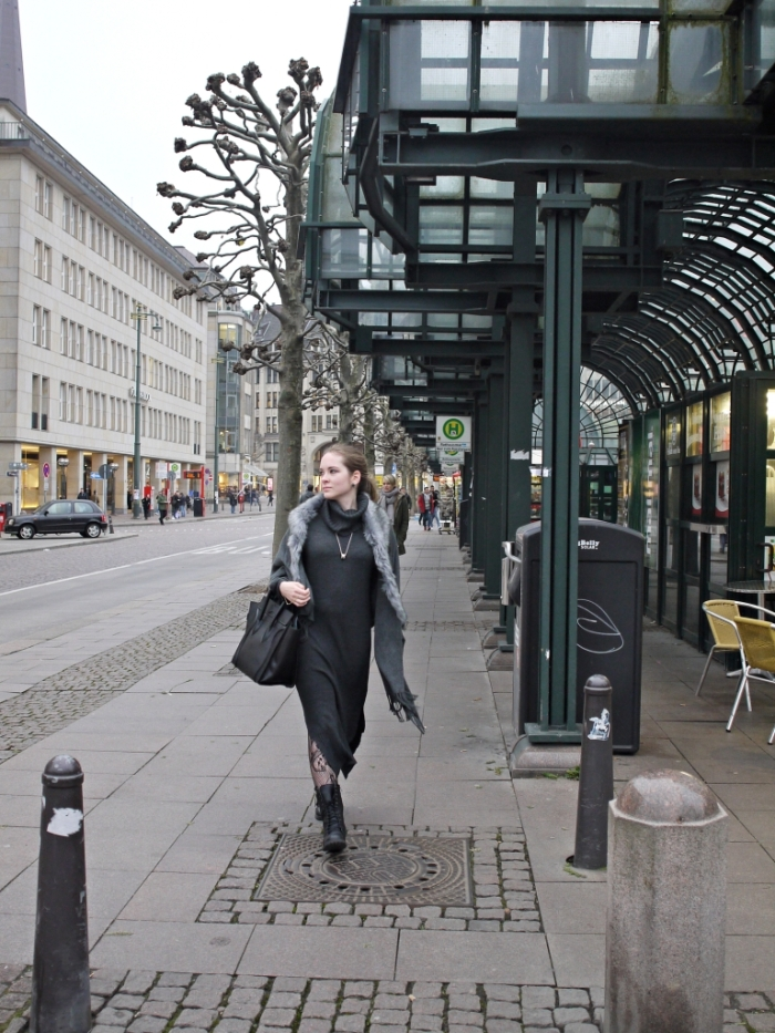 Julia_streetstyle_blog_winter_outfit_grey_37.k