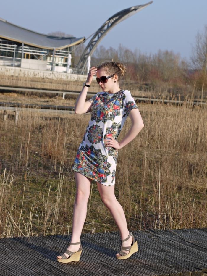 Julia_streetstyle_blog_print_summer_dress_5.k