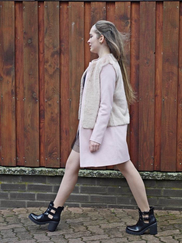 Julia_streetsyleblog_nude_look_Zara_coat_18.k