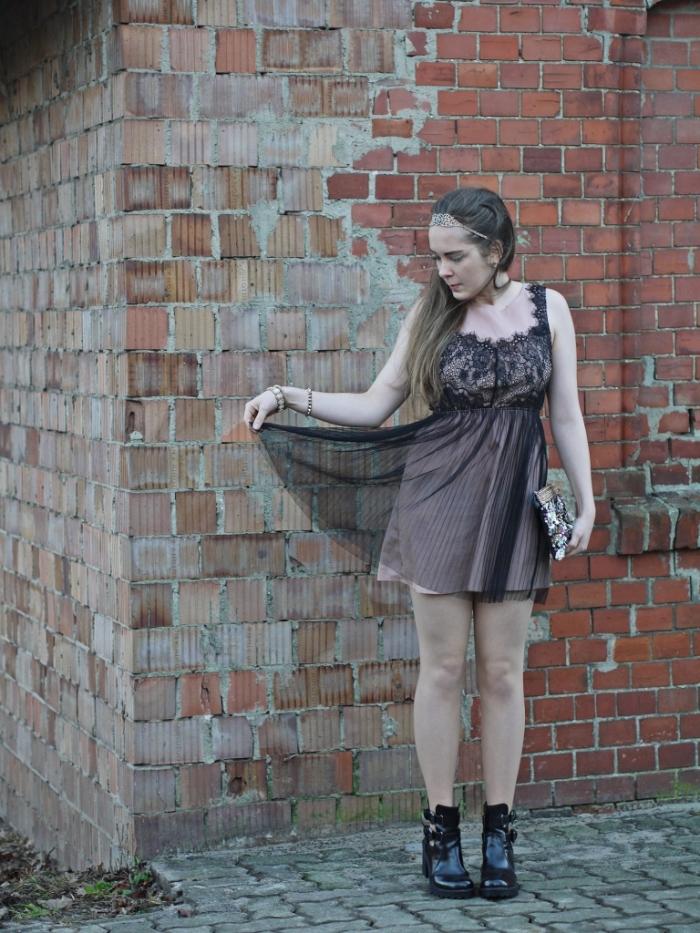 Julia_streetsyleblog_nude_look_Zara_coat_23.k