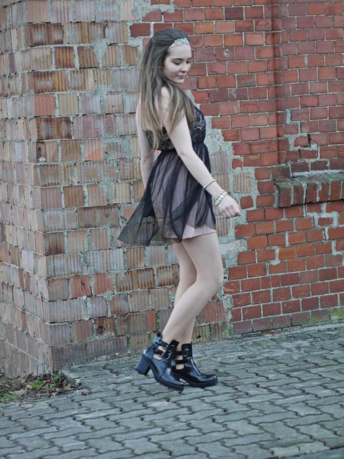 Julia_streetsyleblog_nude_look_Zara_coat_26.k