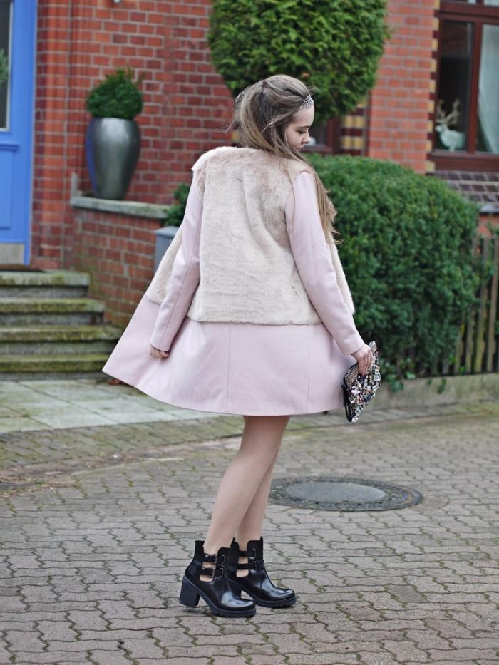 Julia_streetsyleblog_nude_look_Zara_coat_6.k