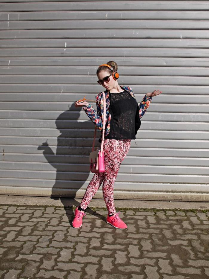 Julia_Luedtke_(C)_Julia_streetstyle_blog_#NoRulesJustFun_7.k