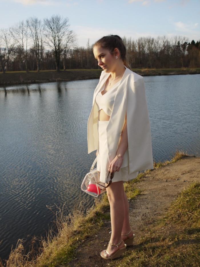 Julia_Luedtke_(C)_Julia_streetstyle_blog_Yacht_white_outfit_1.k