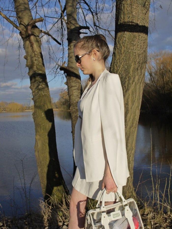Julia_Luedtke_(C)_Julia_streetstyle_blog_Yacht_white_outfit_10.k
