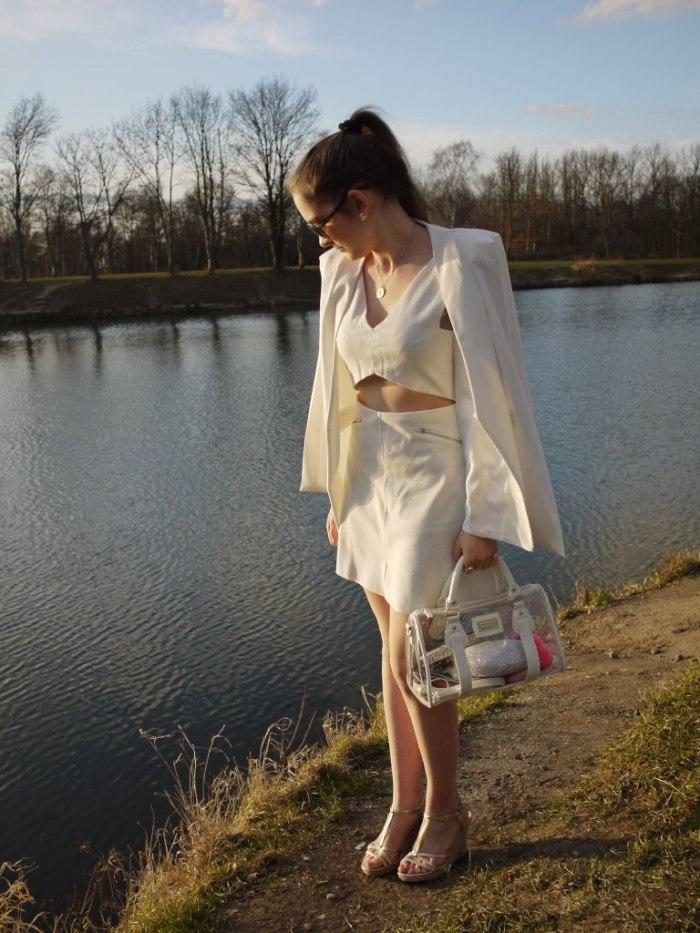 Julia_Luedtke_(C)_Julia_streetstyle_blog_Yacht_white_outfit_17.k