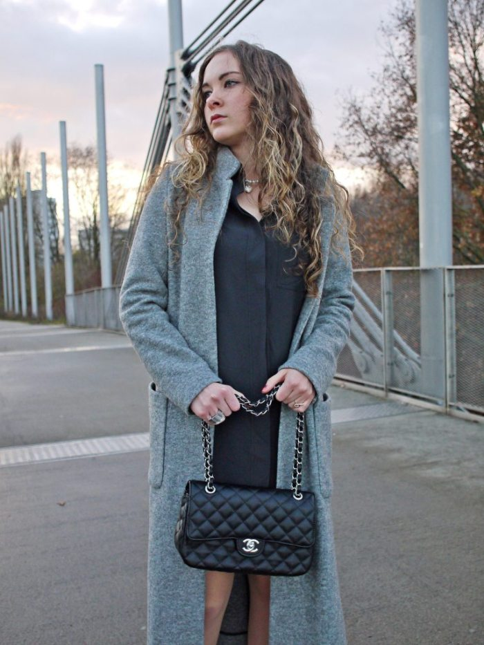 Julia_streetstyle_blog_shirt_dress_long_coat_3.k