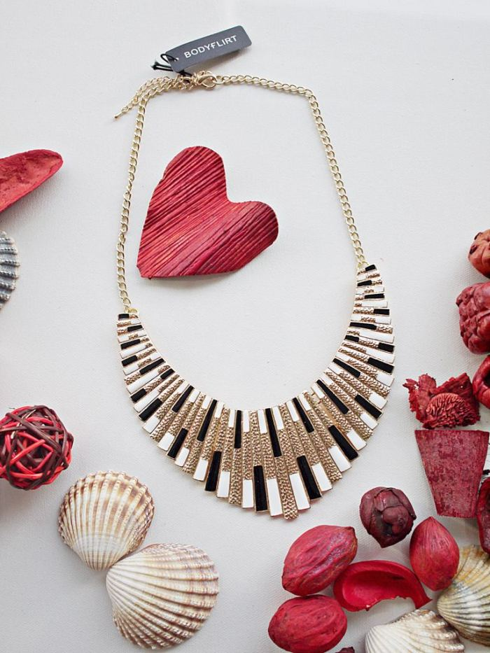 Julia_Luedtke_(C)_Julia_streetstyle_blog_Bonprix_Gewinnspiel_bag_jewelry_3.k