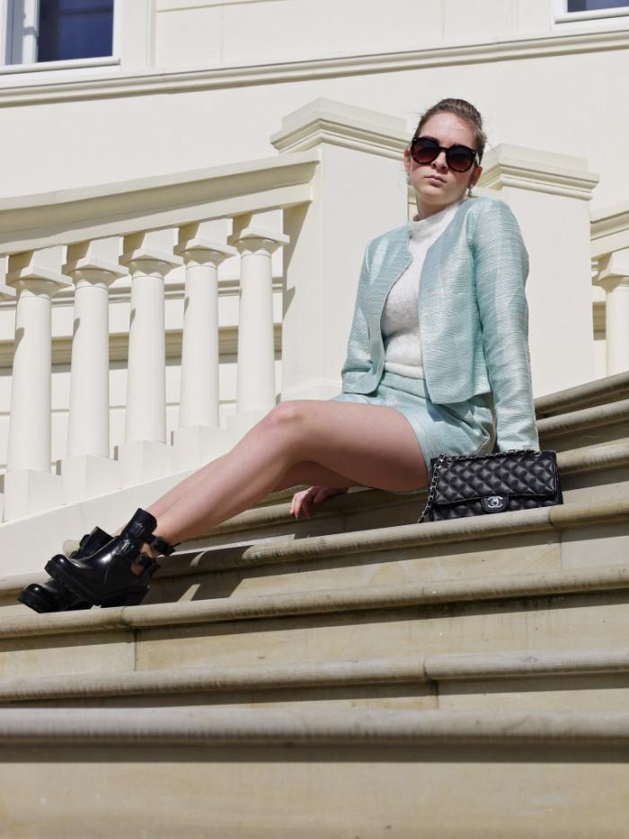 Julia_Luedtke_(C)_Julia_streetstyleblog_two_piece_suit_Zweiteiler_glamorous_spring_outfit_13.k