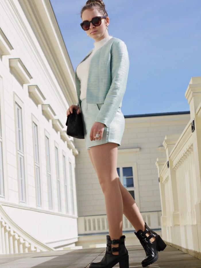Julia_Luedtke_(C)_Julia_streetstyleblog_two_piece_suit_Zweiteiler_glamorous_spring_outfit_20.k
