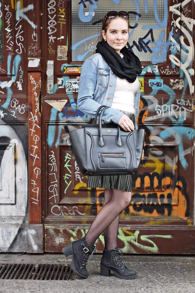 Julia_Luedtke_(C)_Julia_streetstyle_blog_Berlin_Kreuzberg_pleated_skirt_spring_outfit_Plisseerock_2.k