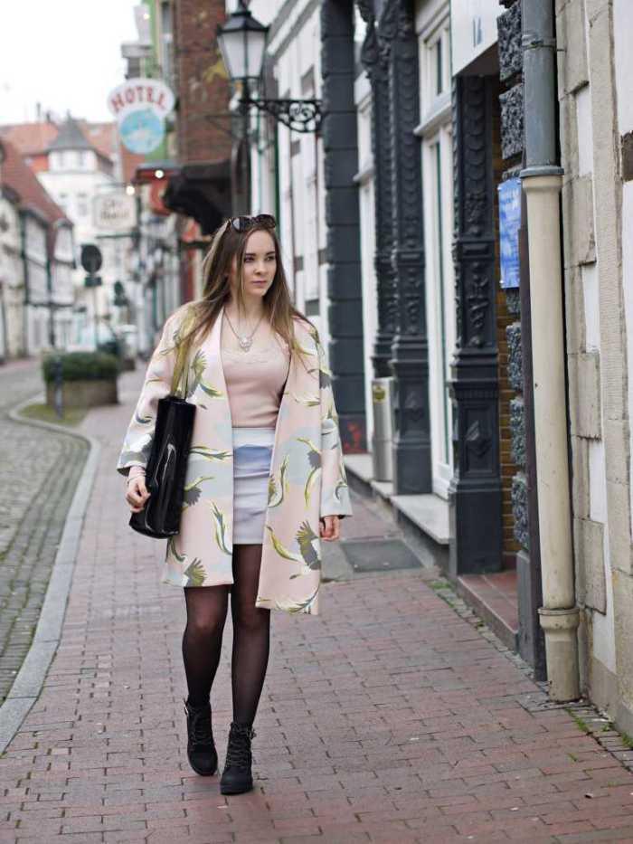Julia_Luedtke_(C)_Julia_streetstyle_blog_blogparade_Frühlingsoutfit_spring_ouftit_pastell_4.k