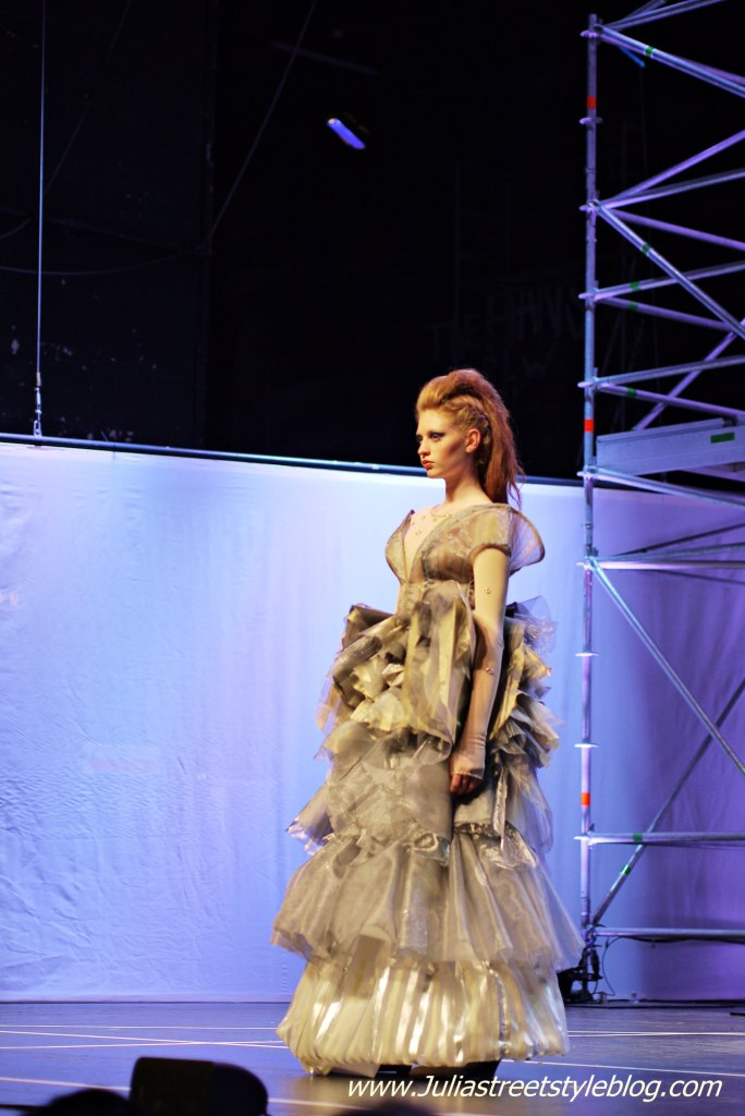 Julia_Luedtke_(C)_Julia_Streetstyle_blog_fashion_finals_Fahmoda_Hannover_1.k