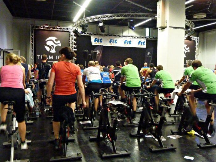 Julia_Luedtke_(C)_Julia_streetstyle_blog_fitness_Fibo_Köln_10.k