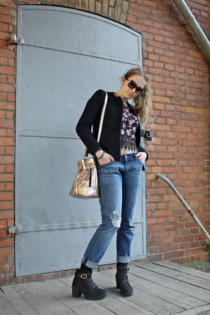 Julia_Luedtke_(C)_Julia_streetstyle_blog_DL1961_Jeans_outfit_1.k