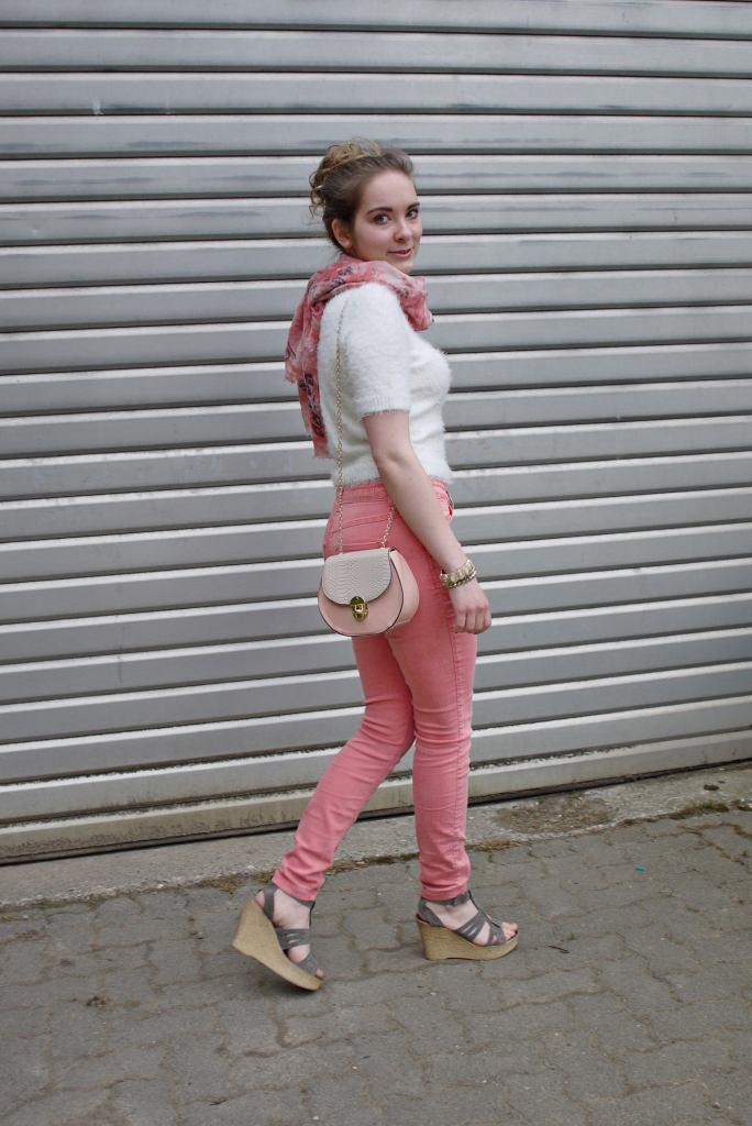 Julia_Luedtke_(C)_Julia_streetstyle_blog_Mac_Jeans_11.k