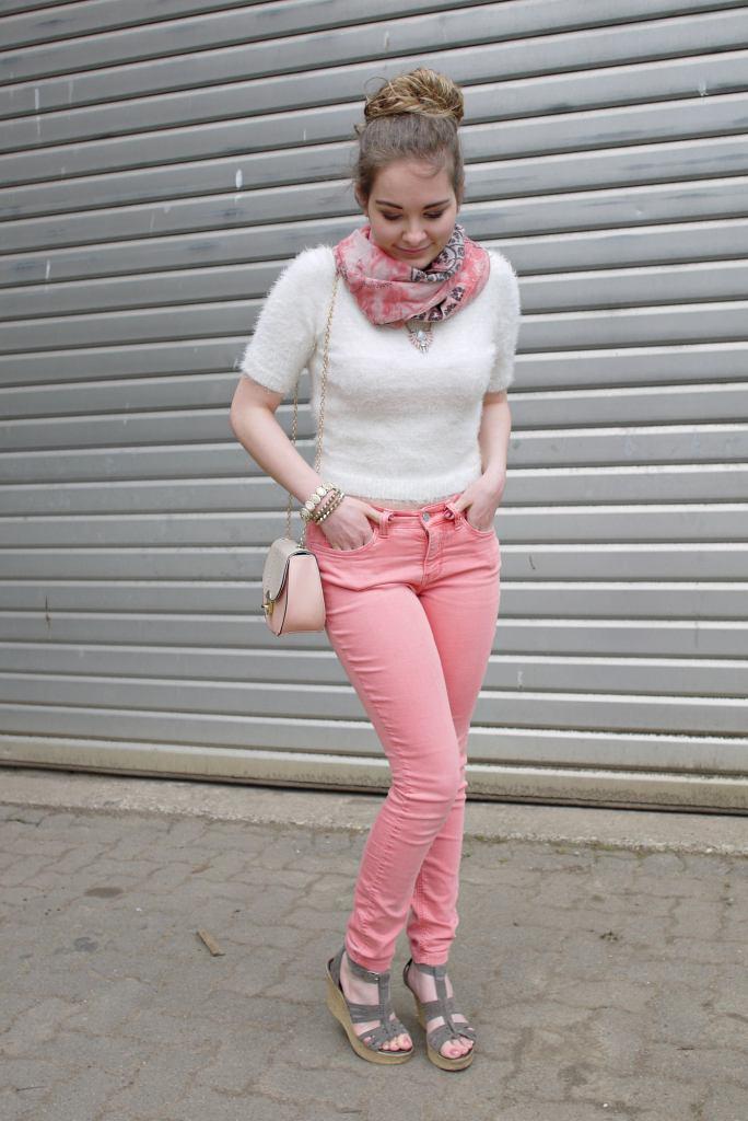 Julia_Luedtke_(C)_Julia_streetstyle_blog_Mac_Jeans_33.k
