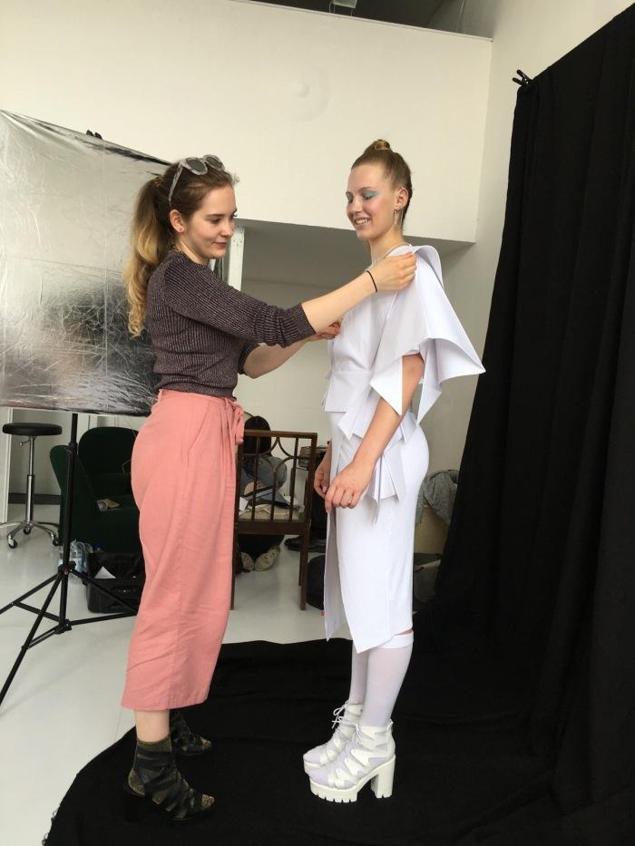 julia_luedtke_fashion_designc_julia_streetstyle_blog_origami_blouse_origamibluse-9