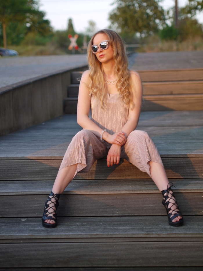 julia_luedtke_c_julia_streetstyle_blog_playsuit_10-k