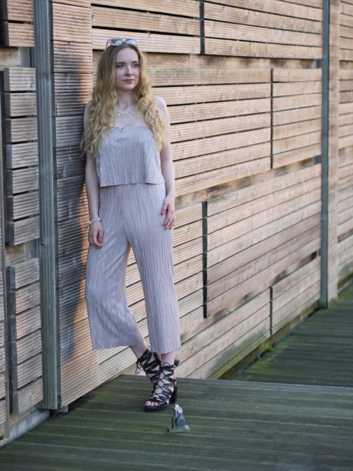 julia_luedtke_c_julia_streetstyle_blog_playsuit_11-k
