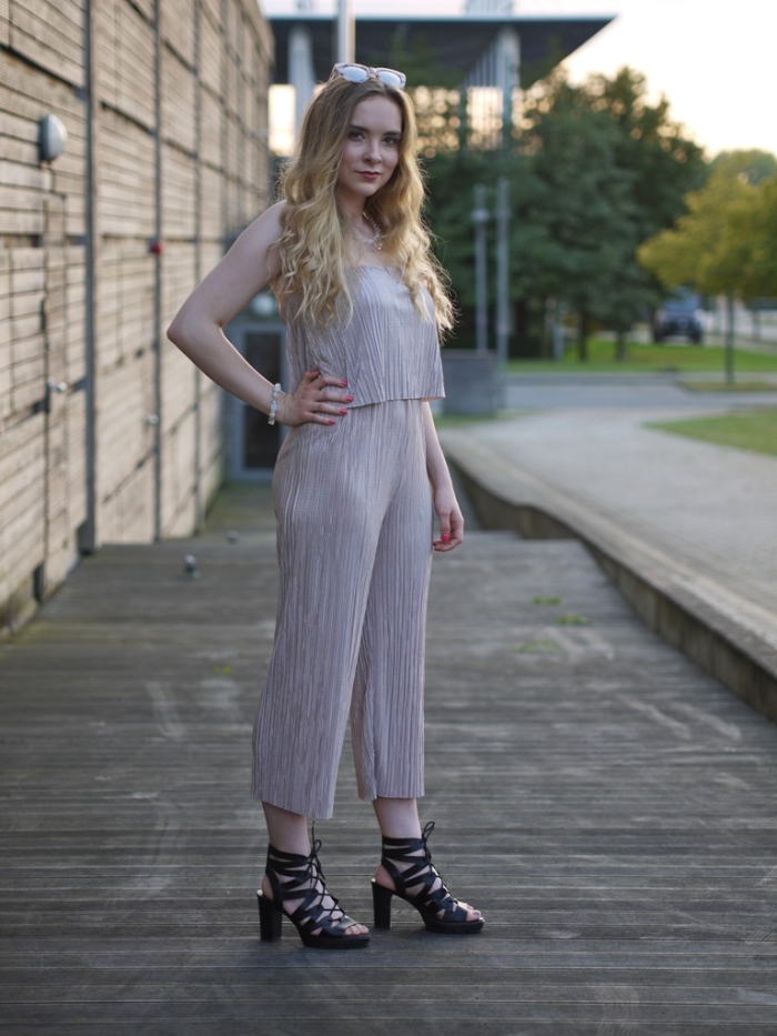 julia_luedtke_c_julia_streetstyle_blog_playsuit_5-k