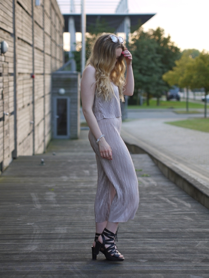 julia_luedtke_c_julia_streetstyle_blog_playsuit_6-k