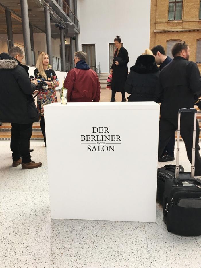 julia_luedtke_c_julia_streetstyle_blog_marina_hoermanseder_mbfw_berlin_aw_2017_2018_6_1