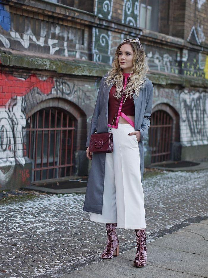 julia_luedtke_c_julia_streetstyle_blog_pink_outfit_white_culotte_spring_coat_1_k