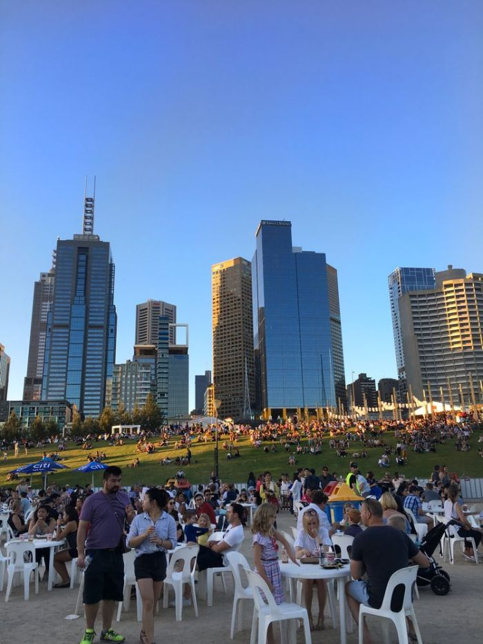 Julia_Luedtke_(C)_julia_streetstyle_blog_Australien_australia_night_noodle_market_33_k