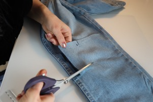 Julia_Luedtke_(c)_julia_streetstsyle_blog_Jeans_DIY_do_it_yourself (14)